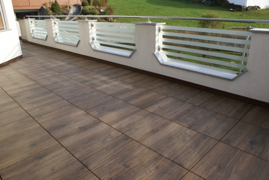 Terrasse / Moderne Holzoptik für die Terrasse