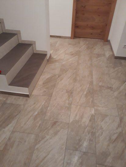 Vorraum  / Treppenhaus